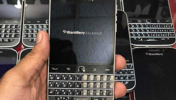 BlackBerry #Q20